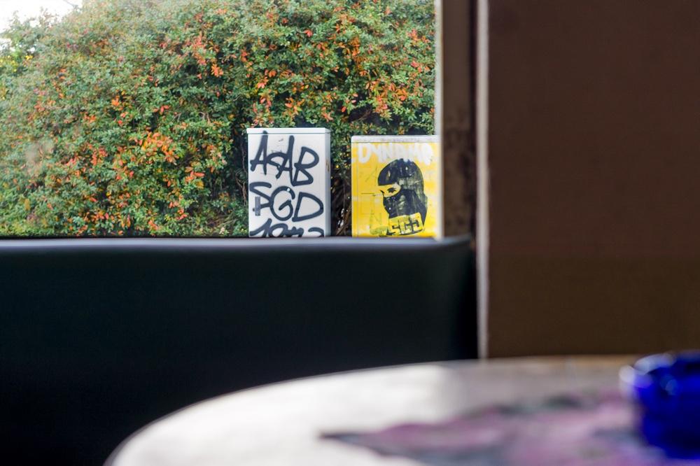 Dresden Altstadt, Acki's Sportsbar. Im Bild die Sportsbar und im Hintergrund Graffito aus dem Fanumfeld der SG Dynamo Dresden Copyright: Reiko Fitzke / rficture.com